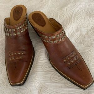 Ariat Dixie brown studded leather mules, size 8